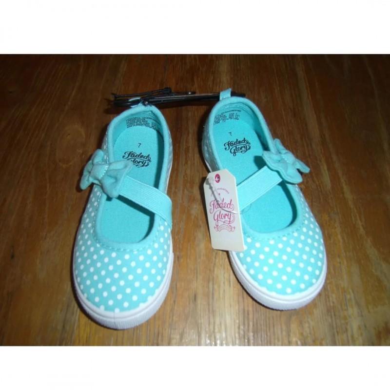 Faded Glory Slip on Sneakers - IJAM